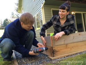 Easy garden markers T & B building a raised garden bed